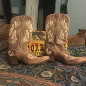 Women's Cowboy Boots size 9, worn outside once.